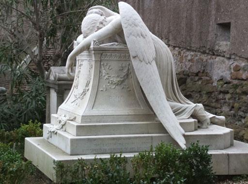 Angelo del dolore, statua simbolo del cimitero acattolico di Roma