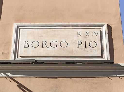 Targa indicante il Rione Borgo Pio a Roma