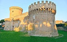 Il castello di Giulio II a Ostia Antica (Roma)