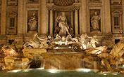 Fontana di Trevi di notte (Roma)